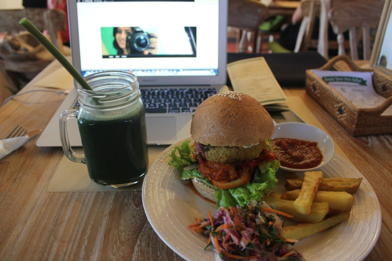 Review: Earth Cafe, a whole life concept in Bali