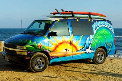 drew-brophy-camper-van-painting-sunrise-on-sano