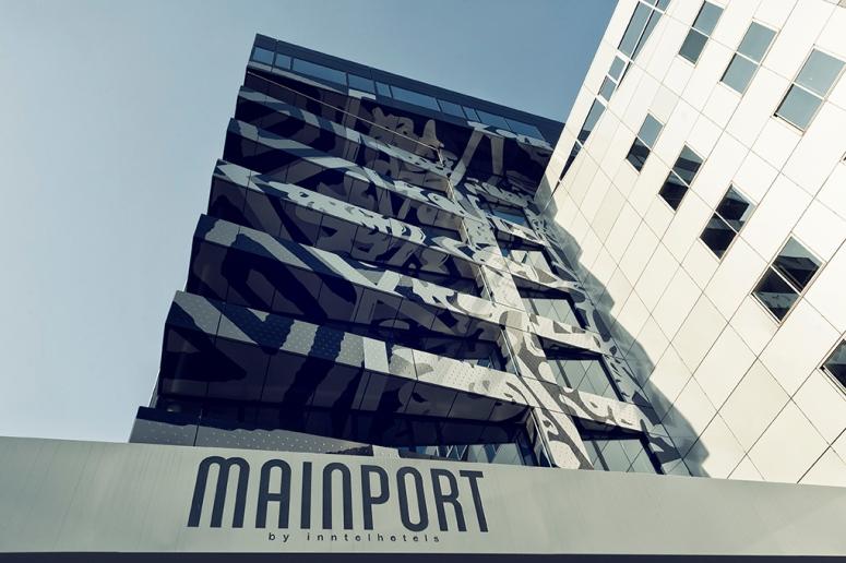 Mainport 3273