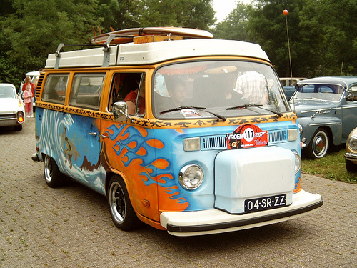surfer-campervan