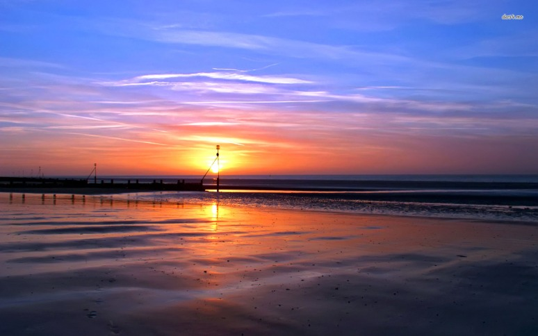 2053-sunset-in-bali-1680x1050-beach-wallpaper